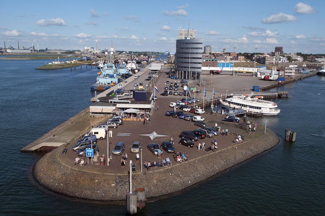 Ablegehafen für die Fähre Ijmuiden-Newcastle upon Tyne