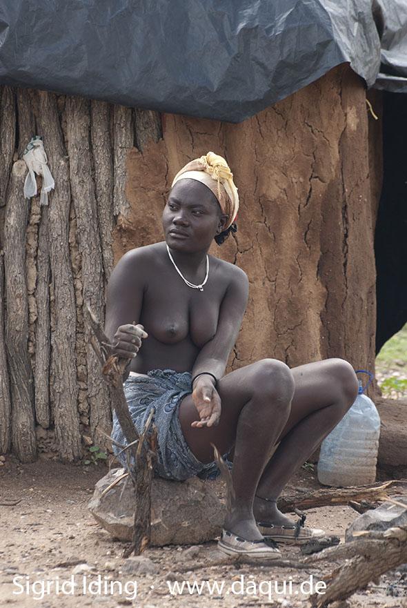 Gelblingen Himba-Dorf