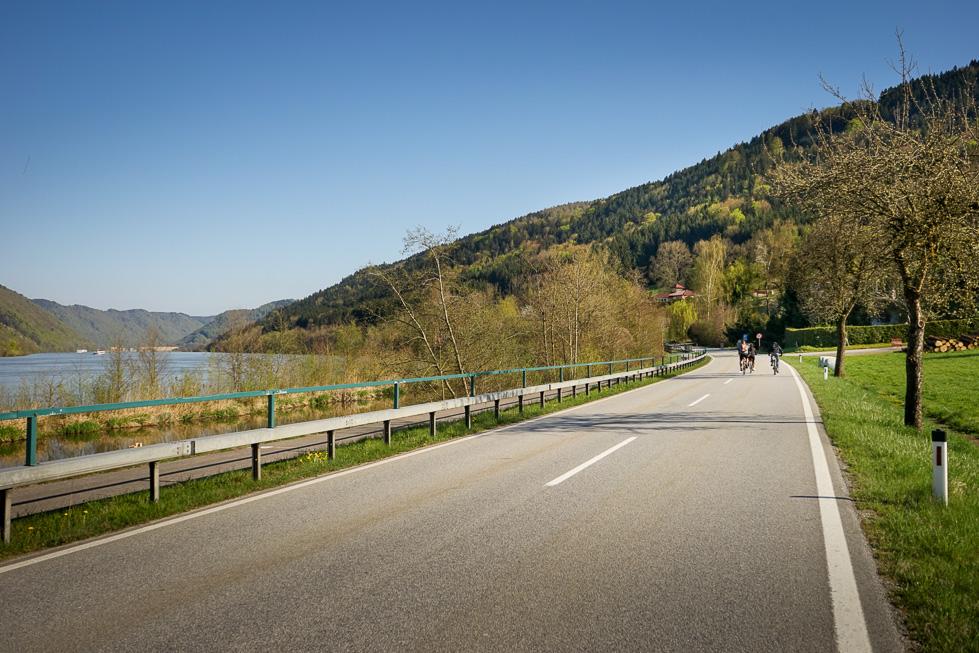 Saisonbeginn an der Donau