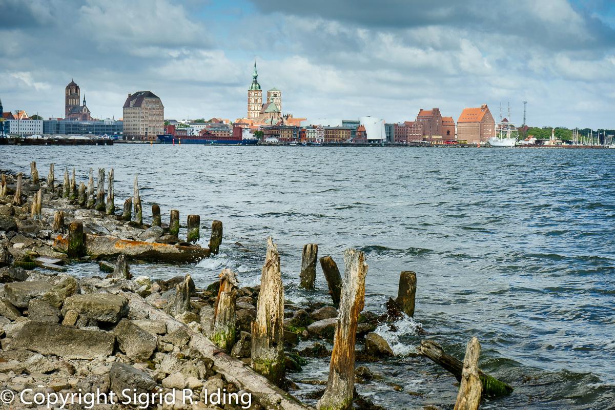 20141120-211151_Stralsund Skyline