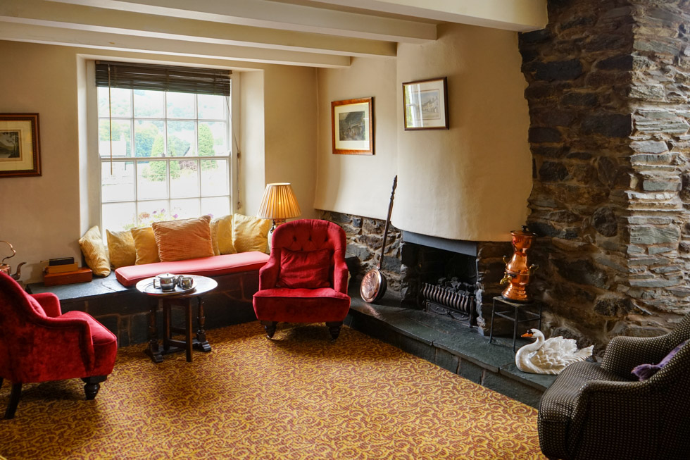 Macdonald Swan Hotel Lounge 3