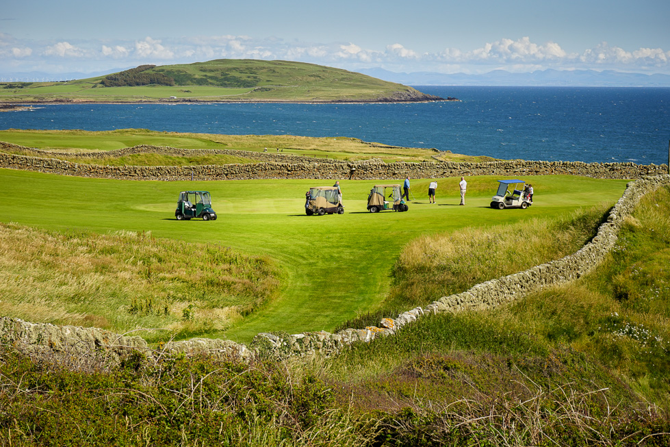 Golf at the 18-hole Brighouse Bay Holiday Park