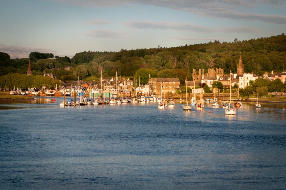 Kirkcudbright. Ansicht vom River Dee