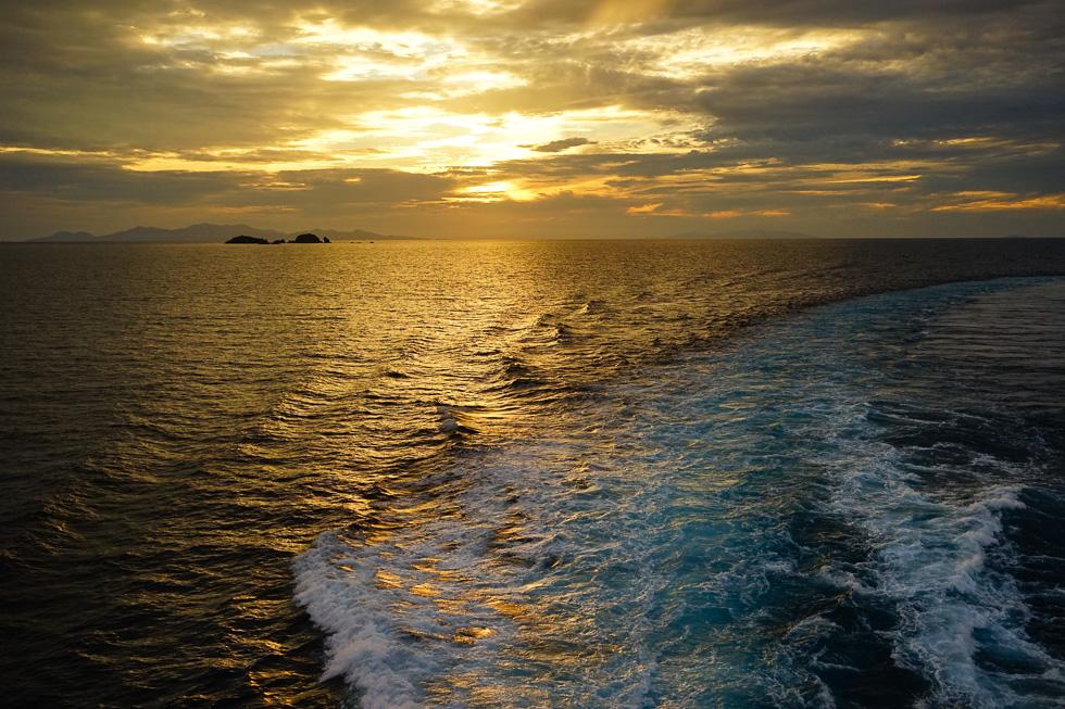 Eigentlich will man ja keinen Sonnenuntergang mehr fotografieren, aber dann macht man es ja doch wieder.