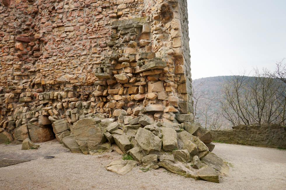 Hambach Alte Mauer Kästenburg