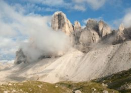 Nebel umhüllt die Drei Zinnen