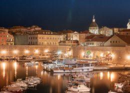 Dubrovnik - Alter Hafen zur Nacht