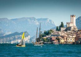 Boote vor Malcesine am Gardasee