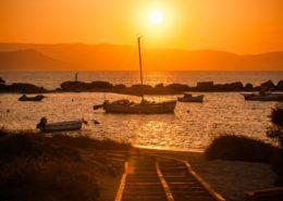 Boote im Sonnenuntergang Agia Anna Naxos