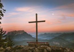 Abendliche Stimmung über dem Tiroler Inntal, vom Pendling aus beobachtet